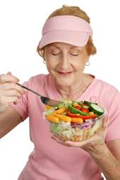 grandmother_healthy_eating-saidaonline